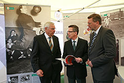 Lobt die Arbeit der Herberger-Stiftung: Bundesminister Dr. Thomas de Maizière