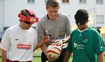 Am Sonntag im sportlichen Duell - die Teams aus Stuttgart und Dortmund