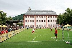 Blindenfußball mitten in der Altstadt - die DBFL in Heidelberg
