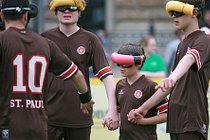 Blindenfussball verbindet auch beim FC ST Pauli