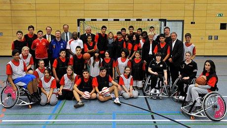 Gemeinsam zur Neuen Sporterfahrung - Schülerinnen und Schüler in Berlin
