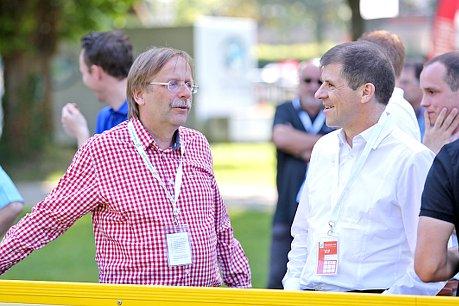 Zu Besuch beim Spieltag - Dr. Rainer Koch (l.) und Willi Hink (r.)
